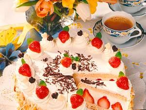 Erdbeer-Zitronensahne-Torte Rezept