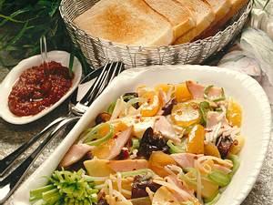 Exotischer Salat mit geräucherter Putenbrust Rezept