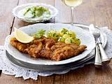 Wiener Schnitzel mit Gurkensalat und Butterkartoffeln Rezept