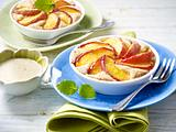 Peach tartelets with custard Rezept