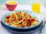 Farfalle in Hähnchen-Gemüse-Soße Rezept