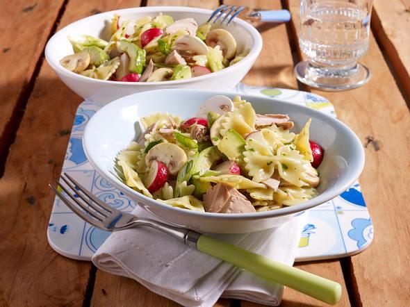 Farfalle-Thunfisch-Salat mit Avocado (zum Sattessen) Rezept