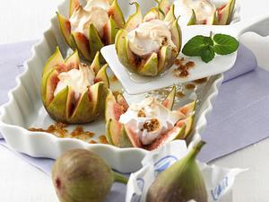 Feigenkrönchen mit Amarettini-Baiser Rezept