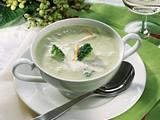 Feine Broccoli-Creme-Suppe mit Möhren Rezept