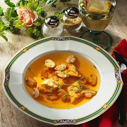 Feine Champignon-Brühe Rezept