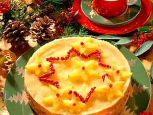 Feine Sandkuchentorte mit Ananascreme und Preiselb Rezept