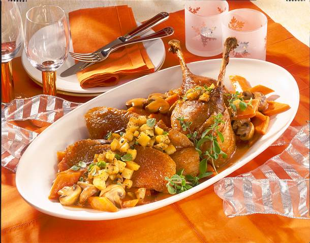 Feiner Gänsebraten mit Pilz-Möhren-Gemüse Rezept