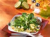 Feldsalat mit Limetten-Nuss-Vinaigrette Rezept