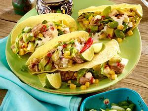 Fiesta Mexicana: Gefüllte Tacoschalen mit scharfem Thunfisch-Salat und Joghurt-Dressing Rezept