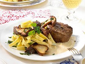 Filetsteak mit Steinpilz-Nudeln Rezept