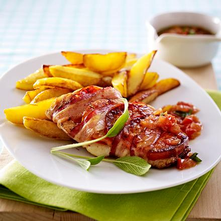 Fisch-Saltimbocca mit Tomatenwürfeln in Salbeibutter Rezept
