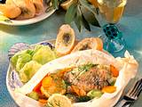 Fischfilet in Pergament mit Möhrengemüse Rezept