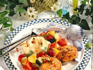 Fischfrikadellen mit Paprika-Gemüse Rezept