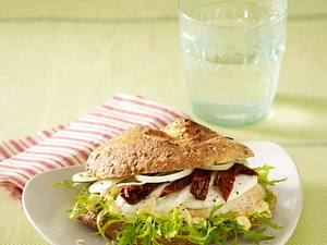 Fitrezept: Gesunder Hähnchen-Burger Rezept