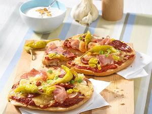 Fladenbrotpizza Schinken-Salami Rezept