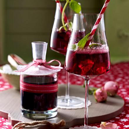 Fliederbeer-Sekt-Cocktail Rezept