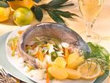 Forelle in Weinsud mit Meerrettich-Gemüse Rezept