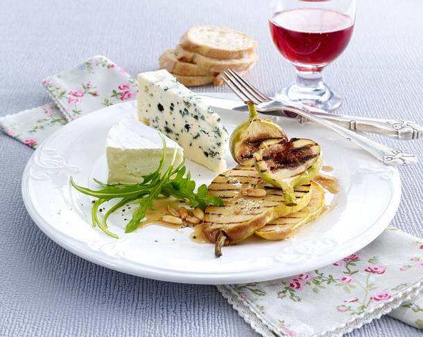 Französischer Käse mit gegrillten Früchten Rezept