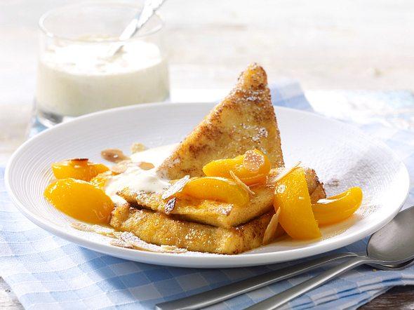 French Toast mit karamellisierten Aprikosen Rezept