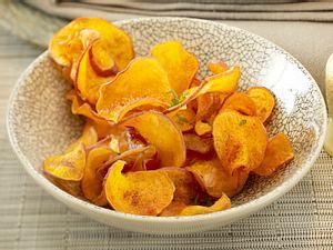 Frittierte Süßkartoffeln mit Zimt und Kräutern Rezept