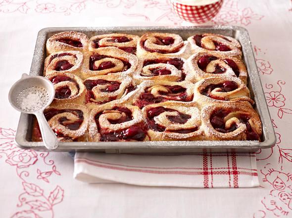 Fruchtiger Rosetten-Kuchen Rezept