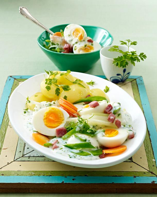 Frühlings-Eier-Ragout mit Schinkenwürfeln Rezept