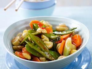 Frühlings-Wokgemüse mit Reis Rezept