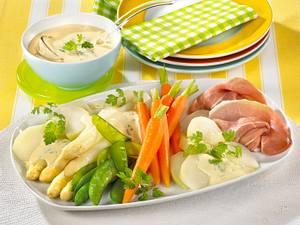 Frühlingsgemüse-Platte mit Zitronen-Kerbel-Hollandaise Rezept
