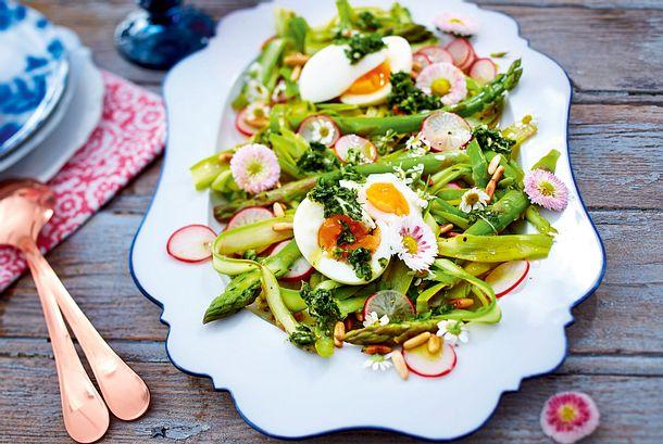 Frühlingssalat mit Kräutergremolata Rezept