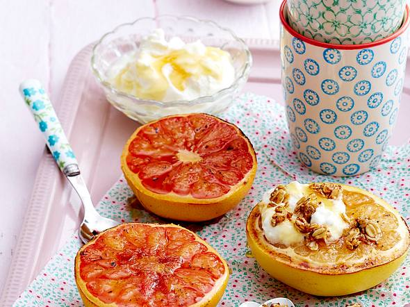 Gebackene Grapefruit mit Haferflocken-Crunch Rezept