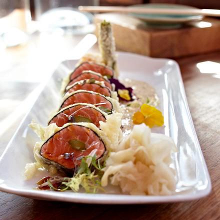 Gebackenes Lachs-Sashimi mit Sesamcreme Rezept