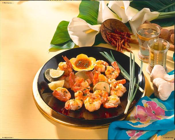 Gebratene Riesengarnelen (Goong Pow Nampla Wan) Rezept