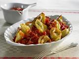Gebratene Tortelloni (Ricotta e Spinaci) in Tomaten-Ingwersoße Rezept