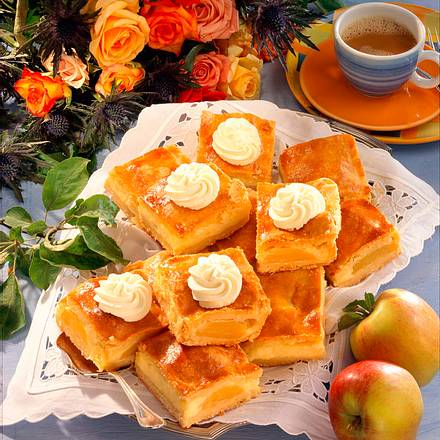 Gedeckter Bratapfelkuchen Rezept