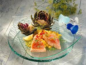 Gedünsteter Lachs mit Safranreis und Artischocken Rezept