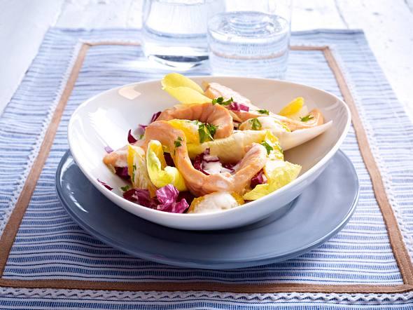 Gedünstetes Lachsfilet mit Chicorée-Salat Rezept