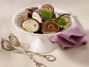 Geeiste Schokoladen-Crêpes Rezept