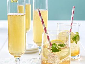 Geeister Jasmintee-Cocktail mit Tonic Water Rezept