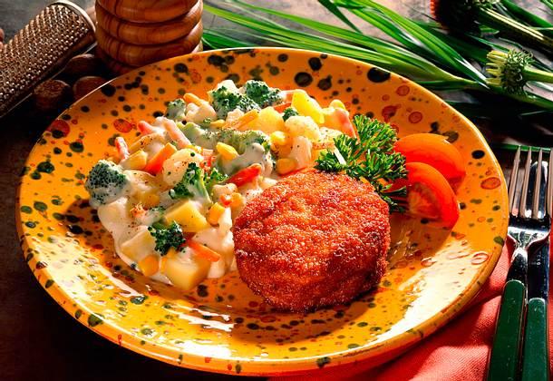 Geflügel-Frikadellen mit Bechamel-Gemüse Rezept
