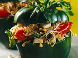 Gefüllte grüne Paprikaschote mit Reissalat Rezept