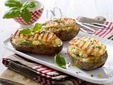 Gefüllte Kartoffeln mit Halloumikäse vom Grill Rezept