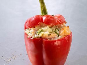 Gefüllte Paprikaschote mit Couscous und Feta Rezept