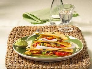 Gefüllte Quesadillas mit Guacamole Rezept