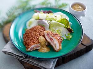 Gefüllte Schnitzel in Laugenpanade zu Rettichsalat Rezept