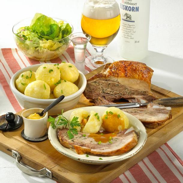 Gefüllte Schweinerippe zu Thüringer Klößen Rezept