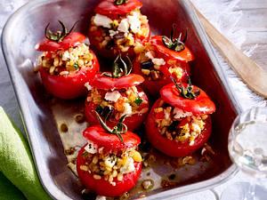 Gefüllte Tomaten mit Ebly und Feta Rezept