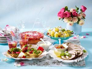 Gefüllter Schnitzelrollbraten mit Dips Rezept