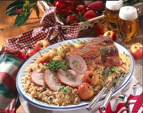 Gefülltes Kasseler auf Sauerkraut Rezept