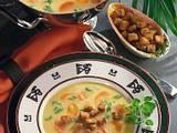 Gelbe Erbsensuppe mit Knoblauch-Croûtons Rezept