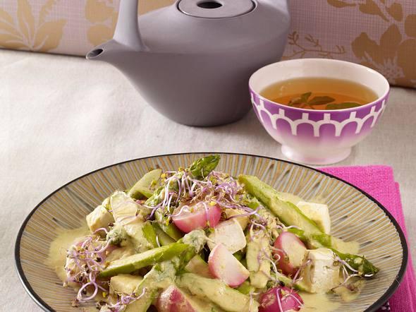 Gelbes Curry mit Tofu und grünem Spargel Rezept